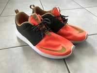Roshe run rare coloreay size US10 Toronto, M2N 7M2