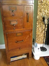 1930s oak and yawnbee file cabinets New York, 10309