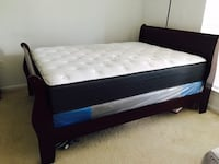 Moving Sale!! Bed spring Box and Mattress 44 mi