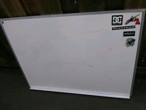 Whiteboard 4ft x 3ft