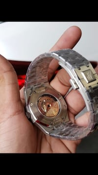 round silver-colored chronograph watch with link bracelet Bal Harbour, 33154