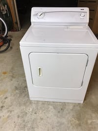 White front-load clothes dryer Vienna, 22180