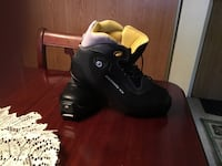 Ladies Cross Country Ski Boots in excellent, like new condition, size 5.5/6 Hanover, N4N 3S4