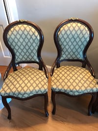Two Accent chairs New York, 11375