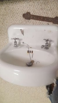 1936 Vintage Antique Porcelain Cast Iron sink Washington, 20011