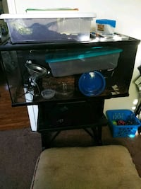 40 gallon tank with accessories Goose Creek, 29445