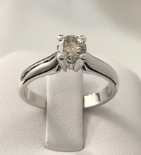 14k gold .55ct. diamond solitaire engagement ring *Appraised @ $3,850