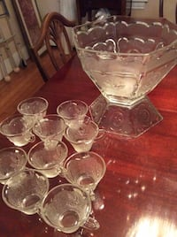 Punch bowl set with serving cups  Ridgefield, 07657