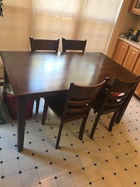 Rectangular brown wooden table with 4 chairs dining set Herndon, 20171