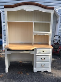 white wooden desk with hutch Gambrills, 21054