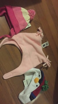 New $6 each. Gap 3-4 polar fleece hat, Gymboree holiday penguin hat6-18 months $7, children's place 6-12 months $5 Laval, H7Y 2C1