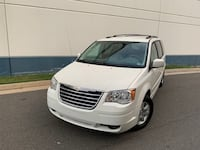 Chrysler - Town and Country - 2008 Washington
