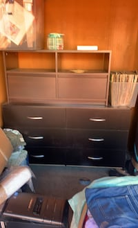 tv stand,dresser need gone within hour $60