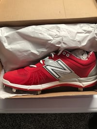 Brand New Red New Balance Metal Baseball Cleats Bakersfield, 93309