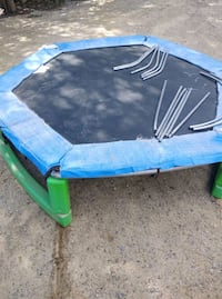 2 Small Trampolines
