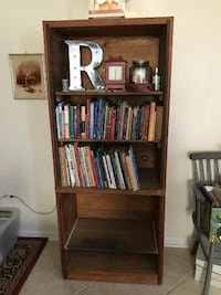 This End Up 5 shelf bookcase Perry Hall