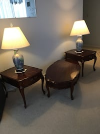 MOVING TMRW - must sell today - Coffee table + 2 end tables with drawers $300 PLUS 2 hand painted lamps $100 - all excellent condition Brampton, L6S 1Z5