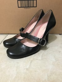 Naturalized pumps size 5 New Orleans, 70129