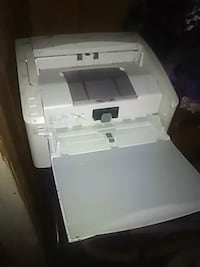 white and black HP desktop printer Paradise, 95969