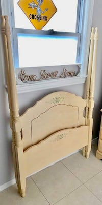 Gorgeous white washed farmhouse chic girls four post bed headboard and footboard Kensington, 20895
