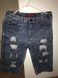 Short jeans ripped size 18 regular and size 16 kids good conditions Oxon Hill, 20745