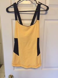 Lululemon top size 12 St. Catharines