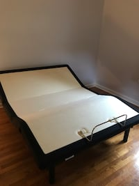 Sealy queen adjustable bed Wall Township, 07727