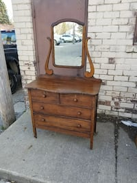Antique wood dresser very nice Perry, 48872