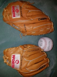 2 LIKE NEW WORTH LGJ9F SOFTBALL GLOVES WITH SOFTBALL