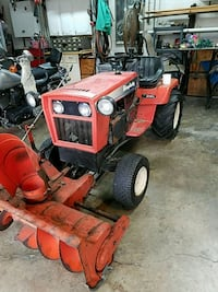 Simplicity 17 hp tractor with 42 inch snowblower Galloway, 43119
