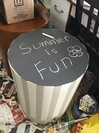 Fun chalk board top. Any artistic child will love this table