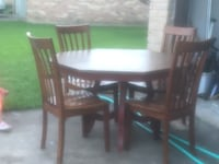 Dining table and chairs Houston, 77084