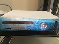 XBOX 360 w/Controller - Needs to be fixed! Pearl, 39208