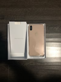 IPHONE XS MAX 128GB GOLD PRICE IS NEGOTIABLE Brampton, L6Y 6G8