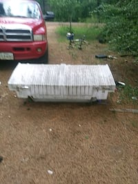 red and white truck saddle box