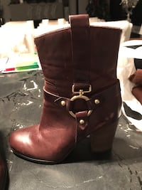 Guess Leather Brown  Booties 8.5 Puslinch, N1H