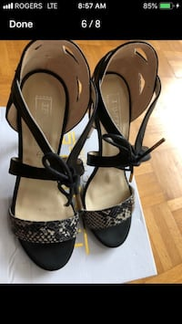 pair of black-and-gray leather heels Mississauga, L5M 4Y8