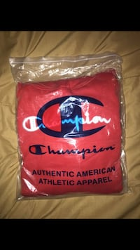 Red embroidered champion hoodie Lancaster, 93534