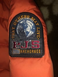 Parajumpers puffer size M brand new Montréal, H2N 1W7