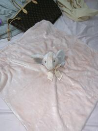 Pottery barn x-large pink elephant security blanket new Toronto, M3N