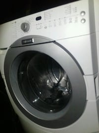 Maytag front load washer runs and looks perfect! Tempe, 85283