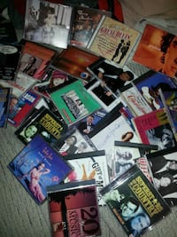 CDs all types of music.oldie country soul rock 75 km