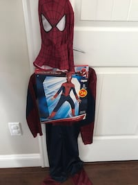 Spiderman Halloween costume- size 7-8 years Surrey, V3X 0B2