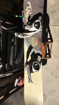 Quantum snowboard 163 cm used once serious buyers only Reno, 89502
