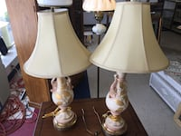Beautiful matching vintage desk lamps Florence, 35630