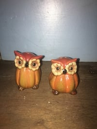 two brown and yellow ceramic owl figurines Gettysburg, 17325