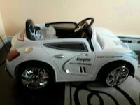 toddler's white ride-on toy car Kitchener, N2E 1X6