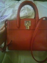 red leather 2-way handbag Oklahoma City, 73112
