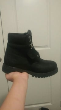 Size 10 black Timberland 6 inch waterproof boots