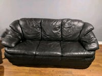 Leather couch Hanover, 21076